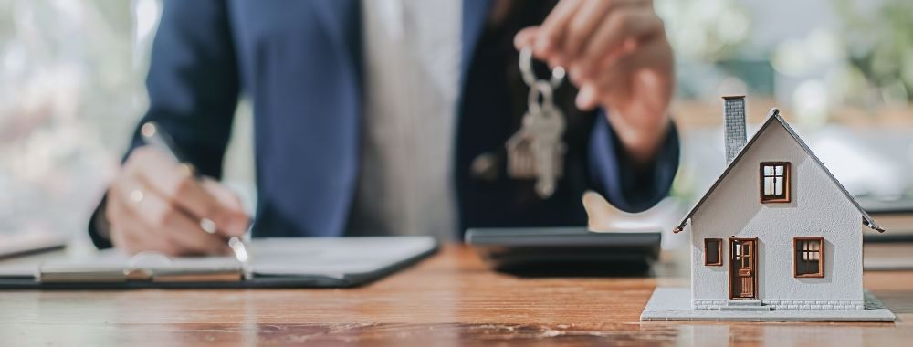 promovarea prin agentii imobiliare