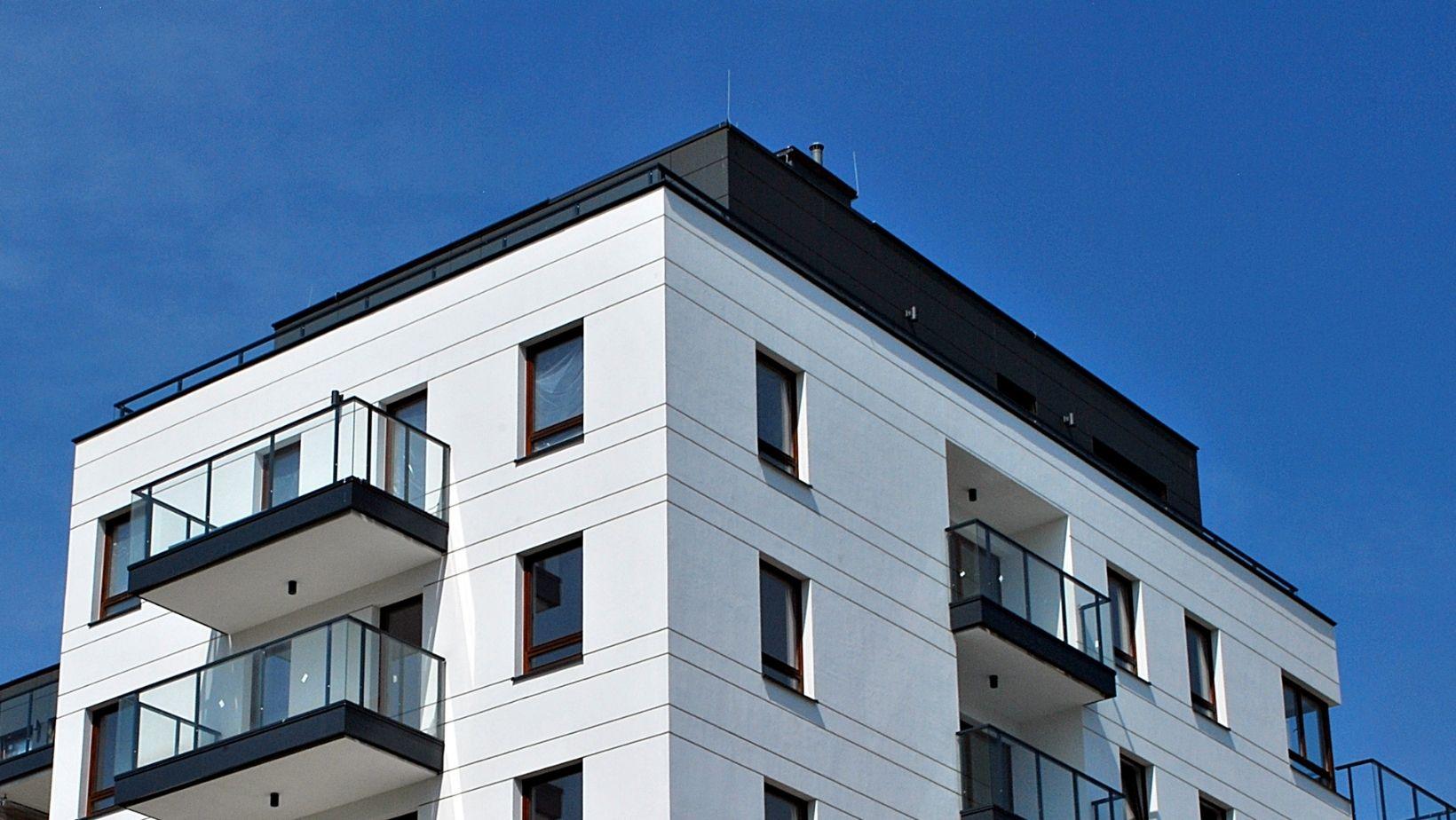 avantaje si dezavantaje apartamente la ultimul etaj